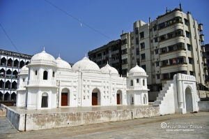 Shat Gambuj (seven dome) masjid, Mohammadpur, Dhaka