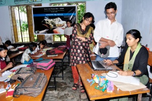 Shimona Miss working, Fahim and Samia observing